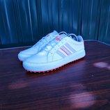 Кроссовки adidas,размер 37.5...