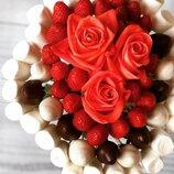 Букет из клубники в шоколаде - отличный подарок для тех, кто ценит все красивое и вкусное У нас вы