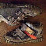Полностью кожаные ботинки. Ecco