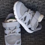 Кроссовки Nike оригинал 23 размер