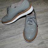 Продам туфли оксфорды серые кожаные нарядные брендовые шикарные