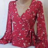 Шикарная блуза блузка в цветочный принт на запах от Bershka