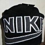 Шапка удлиненная Nike черная с подкладкой.