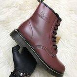 Красные демисезонные ботинки унисекс Dr Martens 1460 Cherry Термо .