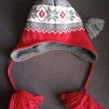Стильная шапка. теплая шапка. балабон . завязки. помпоны
