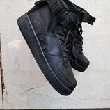 Бесплатная доставка. Как оригинал. Кроссовки Nike SF Air Force 1 Mid черные KS 1242