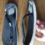м9-26,7 см легкие стильные шлепанцы вьетнамки Nike
