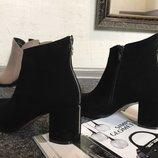 Стильные ботинки ботильоны замшевые оригинальный каблук Новая коллекция