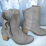 Замшевые ботинки Tamaris Германия . Размер 37.