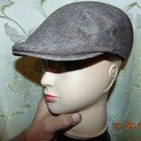 Стильная фирменная утепленная кепка шапка картуз кашкет C&A.Германия .55-56.с-м