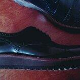 Броги,туфли кожаные,разм 6-39 25.5