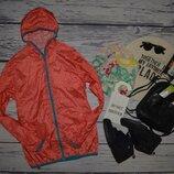 S женская яркая фирменная ветровка куртка курточка штурмовка спорт