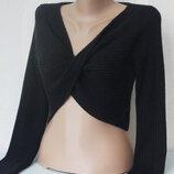 Укороченный свитер топ с переплётом от TU