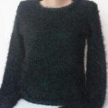 Пушистый мягенький тепленький свитерок травка с расклешенным рукавом от Misumi