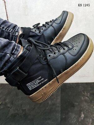 Бесплатная доставка. Как оригинал. Кроссовки Nike SF Air Force 1 Mid черно-рыжие KS 1245