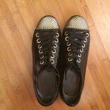 Продам туфли натуральная кожа, лак размер 36