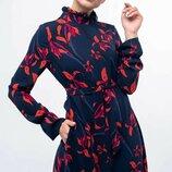 Платье миди с воротником стойка разные цвета