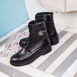 Зимние кожаные ботинки черного цвета