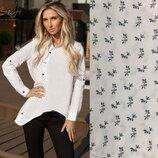 Очень стильная белая рубашка диагональ в мелкий цветочек