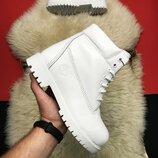 Белые женские зимние ботинки Timberland White Fure Premium.