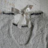 пушистый качественный нежный свитер S,М