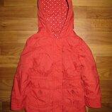 красная куртка M&S на 4-5 лет