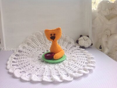 Кошечка миниатюра крючком,7 см