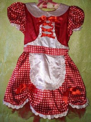 Платье Красной шапочки .