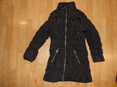 Пальто на девочку 8-9 лет