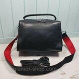 Женская кожаная сумка со структурой крокодила чёрная жіноча шкіряна чорна стильная