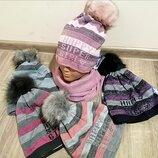 Зимовий комплект шапка і хомут для дівчаток. Польша. 52-54 р.