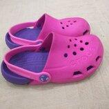 Продам в идеальном состоянии, фирменные Crocs C11. Оригинал.
