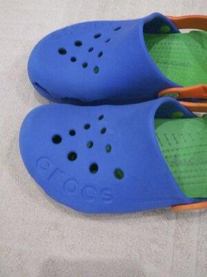 J2 Продам в отличном состоянии фирменные Crocs, Оригинал
