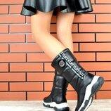 Кс221087З Зимние женские кожаные сапоги дутики черные
