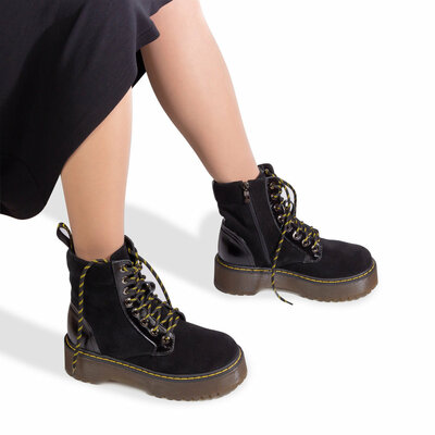 Крутые ботинки Sale