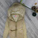 Демисезонная курточка Junior на 9-10 лет