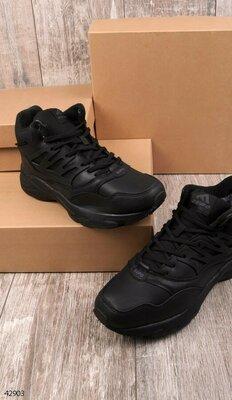Мужские чёрные кроссовки.Зима