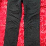 Женские джинсы от Ajc by Arizona. Размер 28, М. Идет классические черные, с прямой штаниной. Занижен