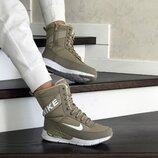 Зимние женские сапоги Nike olive