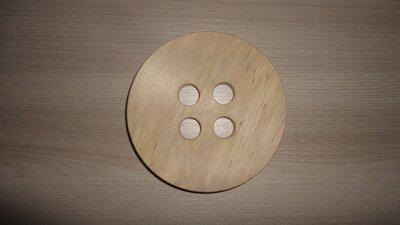 Пуговица деревянная 10 см