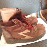 Теплые ботинки Кожа