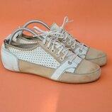 Спортивные туфли Bata 38р 25см Италия