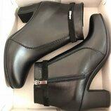 Кожаные ботинки ботильоны женские черные осенние на каблуке демисезон натуральная кожа
