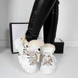 Женские белые зимние кроссовки Gucci