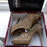 Брендові туфлі жіночі мешти Tomasso Taccardi 39 Італія 26 см ботильоны женские