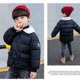 Стильная демисезонная курточка на мальчика р.128