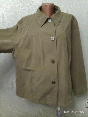 На шикарные формы MARKS SPENCER Классная куртка на подкладке, на ощупь как замш р.22 56-58-60