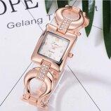 Оригинальные стильные нежные женские часы Lvpai