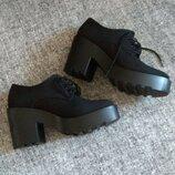 Черные полуботинки дерби на устойчивом каблуке от divided h&m/размер 40.