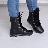 Кожаные зимние ботинки с мехом на языке